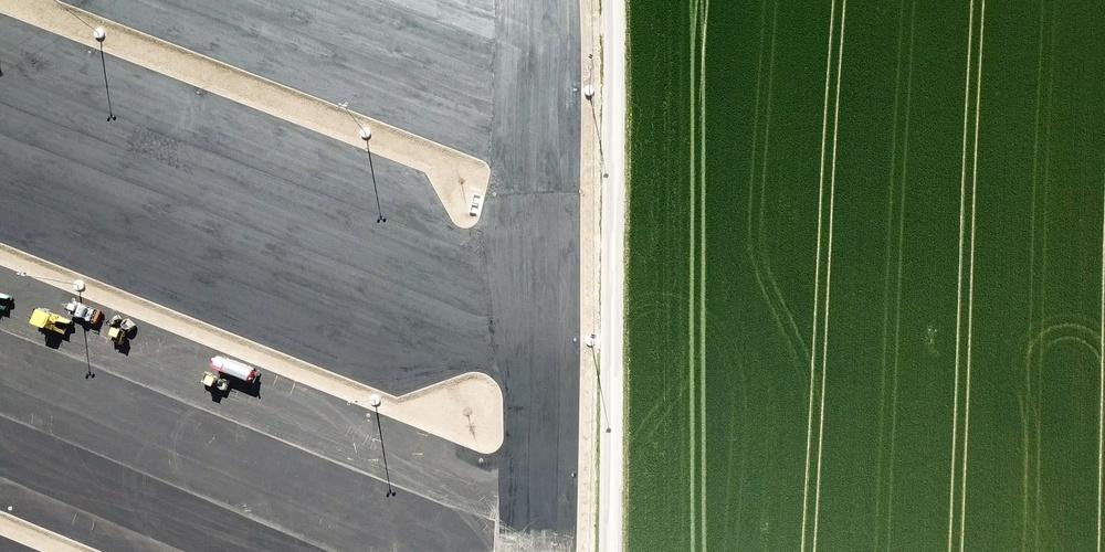 Verbaute Erde - Parkflächen statt Ackerland